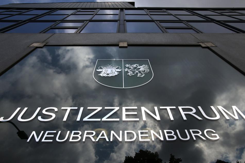 Das Landgericht im Justizzentrum Neubrandenburg.