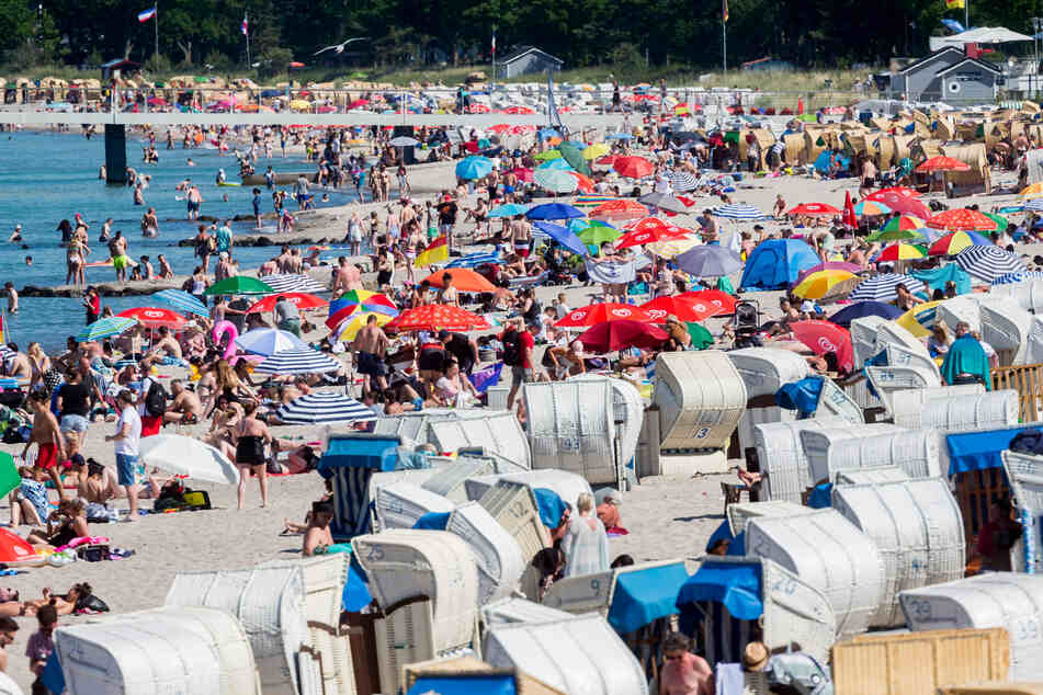 Warum in die Ferne schweifen? Auch der Timmendorfer Strand an der Ostsee ist gefragt.