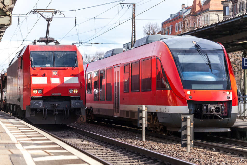 Stromschlag! 33-Jähriger klettert in Leipzig auf Zug