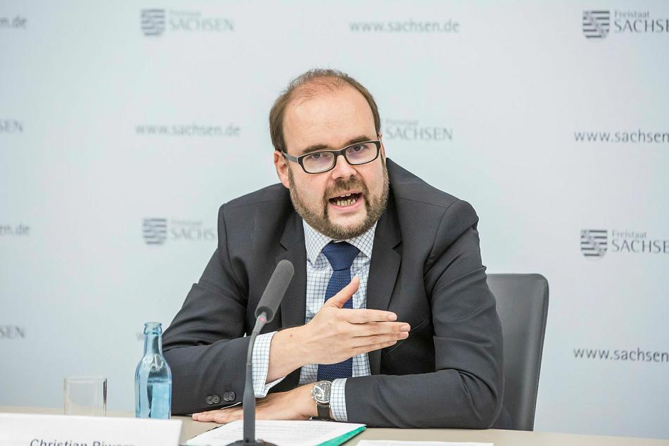 Fordert Impfvorrang für Familien: Sachsens Kultusminister Christian Piwarz (45, CDU).