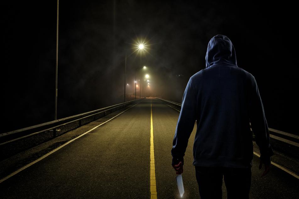 Brutaler Überfall: Auto eingekeilt und Insassen fast getötet