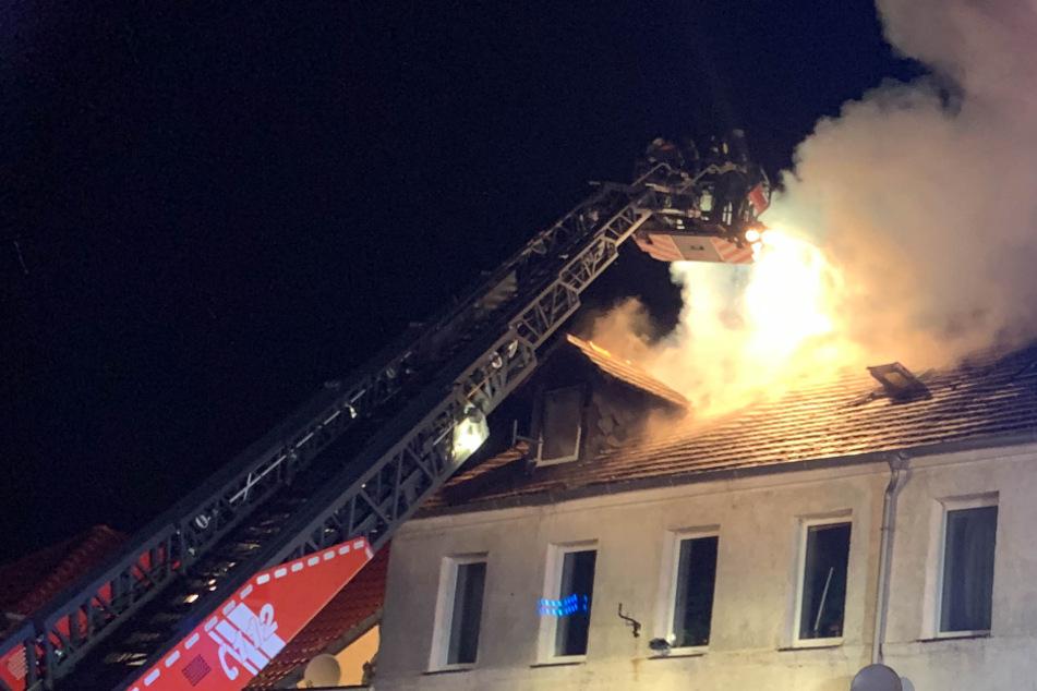 Erst Kleider angezündet, dann Häuser: 43-Jähriger nach Bränden festgenommen!