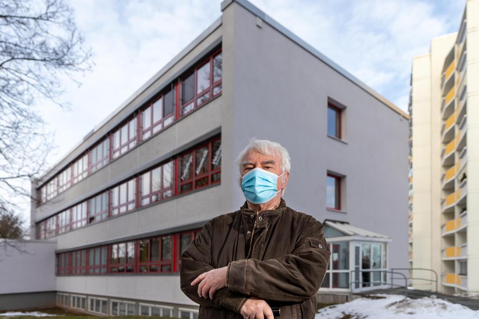 Rentner Werner Klemm (75) fand im Heckertgebiet keinen neuen Hausarzt.