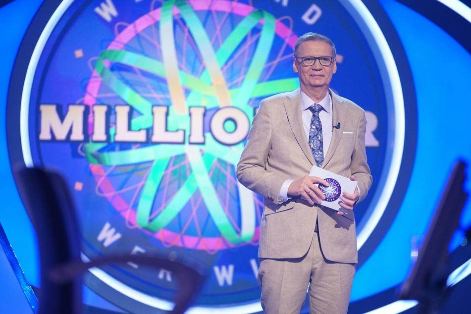 """Moderator Günther Jauch (65) lädt immer montags zu """"Wer wird Millionär"""" bei RTL ein."""