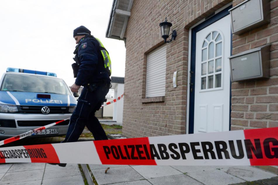 Berlin: Nachbar findet toten Rentner: Mordkommission ermittelt