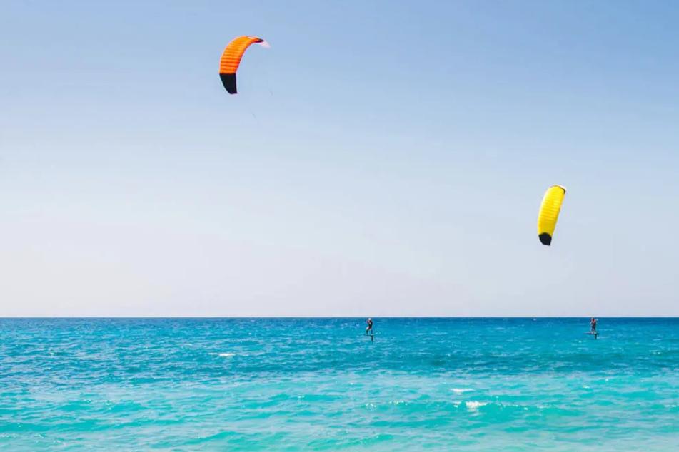 Lefkada ist die Insel für Euch, wenn Ihr im Urlaub viele Wassersportarten ausprobieren wollt.