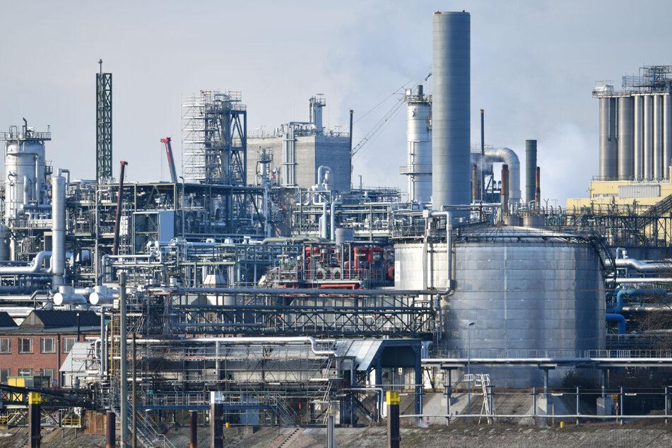 Feuer bei BASF in Ludwigshafen: Giftiges Gas tritt aus