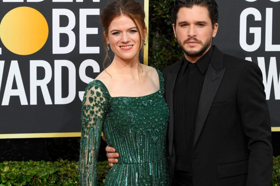 Rose Leslie (33, l.) and Kit Harington (33) have welcomed a new addition to their family.