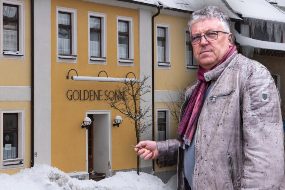 Mehr als 20 Personen in einem Gasthaus: Polizei sprengt Eltern-Versammlung im Erzgebirge