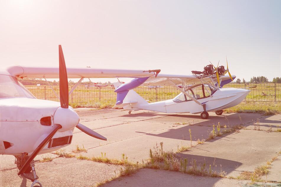 Kleinflugzeug bei Teldau abgestürzt: Pilot schwer verletzt