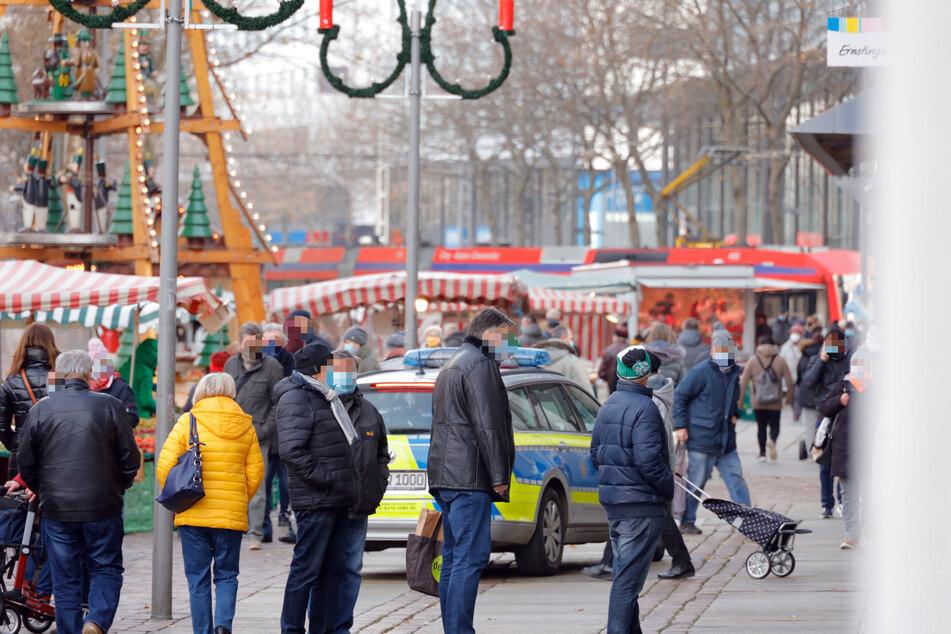 Auf Streife gegen Maskenmuffel! Die Polizei erwischte am Donnerstag mehrere Personen ohne Mundschutz in der Chemnitzer City.