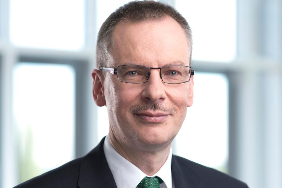 """AOK-Chef Rainer Striebel (58): """"Ziel ist, beim Patienten möglichst viel Selbstständigkeit zu erhalten oder zu reaktivieren."""""""