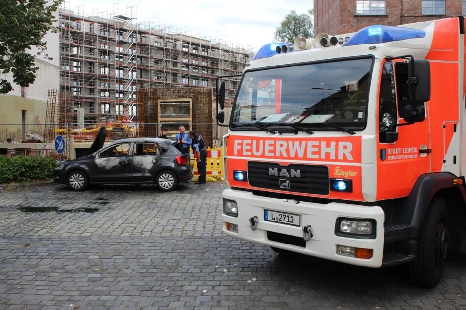 Auto durch Feuer komplett zerstört: War es Brandstiftung?