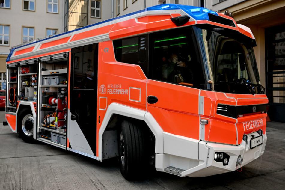 Berliner Feuerwehr testet Löschfahrzeug mit Elektromotor