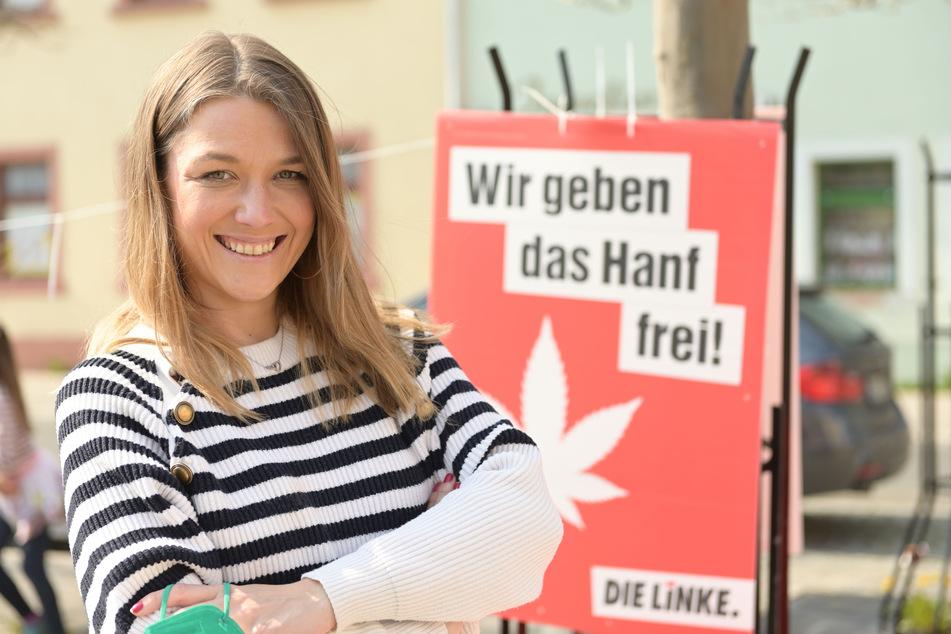 Julia Schramm (35, Linke) warb gestern für die Legalisierung von Cannabis, am Wochenende will sie Kandidatin für den Bundestag werden.