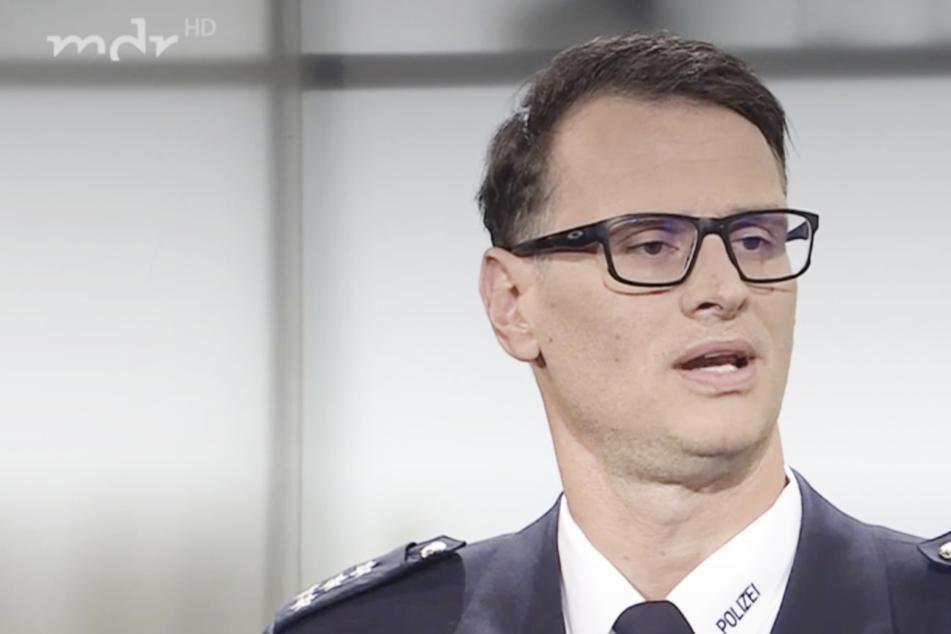 """Pressesprecher Olaf Hoppe war bei """"Kripo Live"""" zu Gast, um über die mysteriösen Päckchenfunde in Leipzig zu sprechen."""