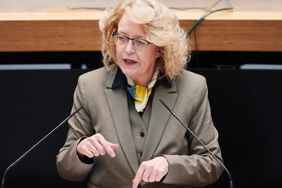 FDP-Politikerin Sibylle Meister (58) freut sich über die Entscheidung des Verwaltungsgerichts.