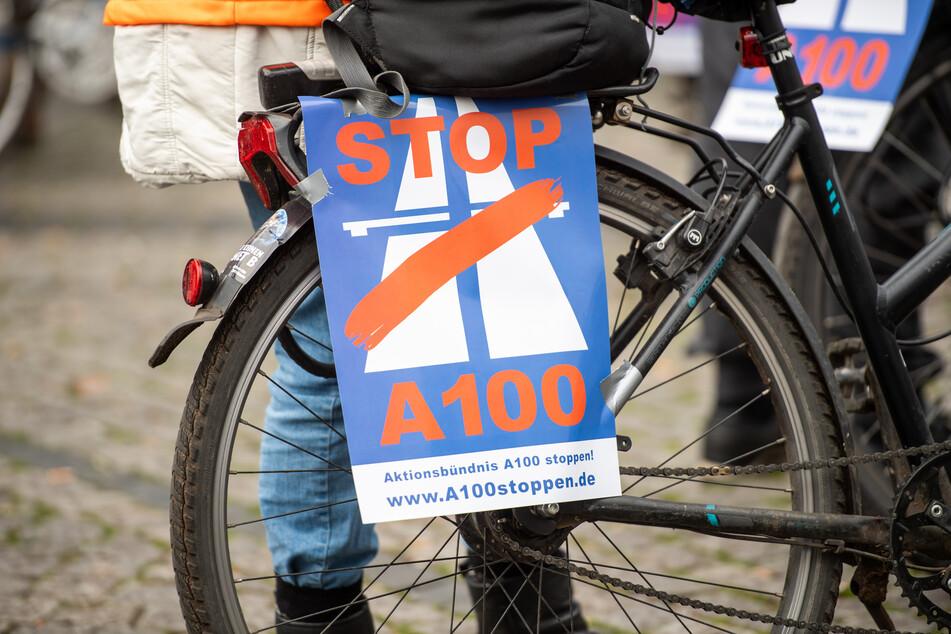 Am Samstag wurde eine Fahrraddemo gegen den Ausbau der Autobahn 100 angekündigt (Archivbild).