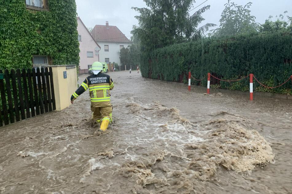 Groitzsch und die umliegenden Ortschaften wurden von Wassermassen aus den umliegenden Feldern überspült.