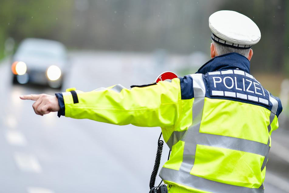 Die Polizei hat bei Wolkenstein Autos Motorräder und Quads kontrolliert. (Symbolbild)