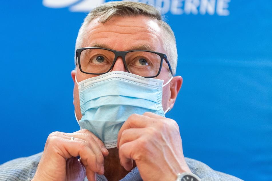 Alleingang der Verwaltung: Bürgermeister Miko Runkel (60, parteilos).
