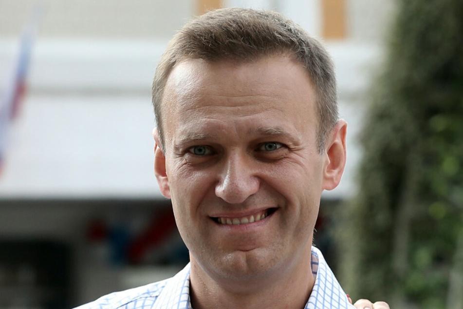 Der russische Oppositionelle Alexej Nawalny (44) wurde am 20. August 2020 mit einem Nervengift der Nowitschok-Gruppe vergiftet. Ärzte der Berliner Charité haben in einer medizinischen Fachzeitschrift einen Artikel zu dem Fall veröffentlicht.