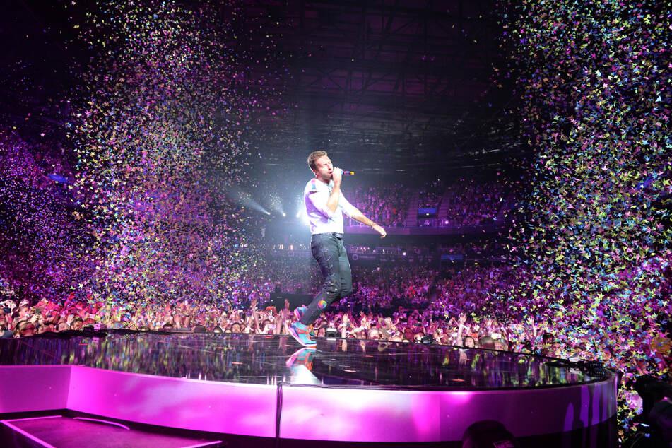 Chris Martin von Coldplay singt beim ersten Global-Citizen-Festival-Konzert 2017 in Hamburg.