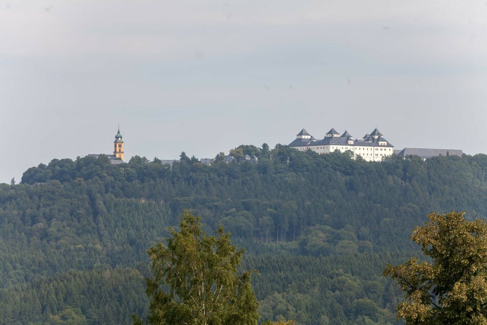 Die Schlösser- und Burgenfahrt startet am Schloss Augustusburg.