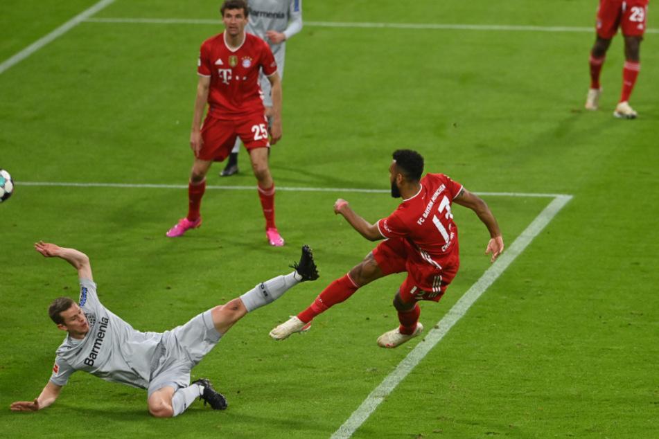 Eric Maxim Choupo-Moting bringt die Bayern in Führung.