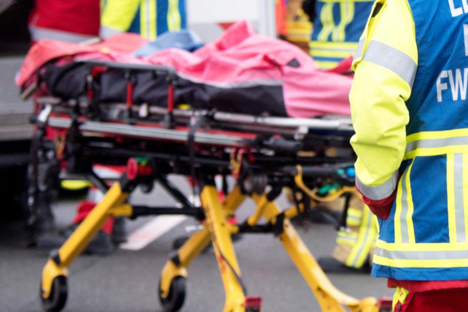 Horror-Crash: Biker (18) fährt mit Kawasaki frontal in Lastwagen und stirbt noch an Unfallstelle