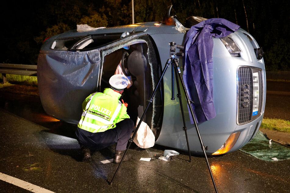 Vom Südring abgekommen: Ein Audi-Fahrer überschlug sich am Samstagabend in Chemnitz mit seinem Fahrzeug.