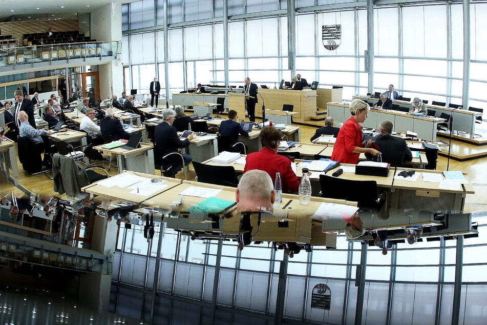 Blick in den Plenarsaal des Landtags von Sachsen-Anhalt.