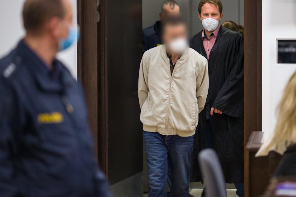 Kontrahenten an Heiligabend vor U-Bahn gestoßen: 33-Jähriger gesteht alles