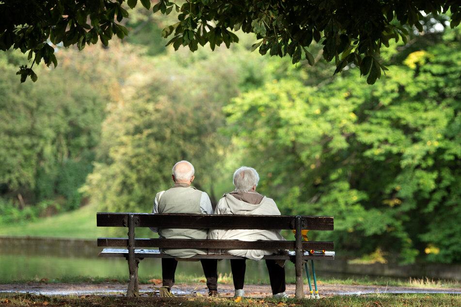 Wird das Rentenalter aufgrund der Corona-Krise in die Höhe geschraubt?