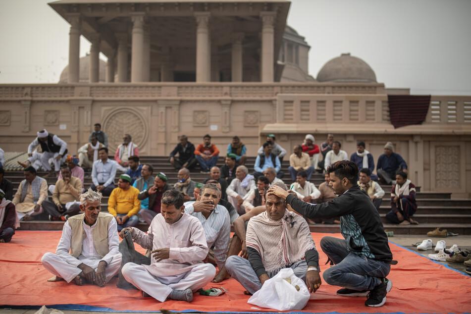 Viele Bauern kampieren an den Stadträndern Delhis, um ihrem Protest Ausdruck zu verleihen.