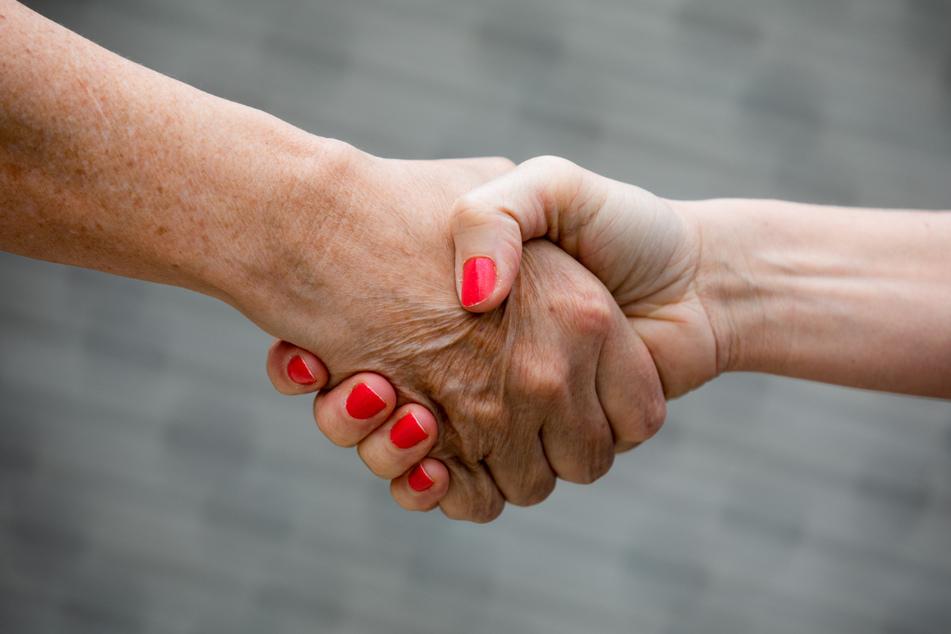 Händeschütteln zwischen Mann und Frau? Für den Libanesen unmöglich. (Symbolbild)