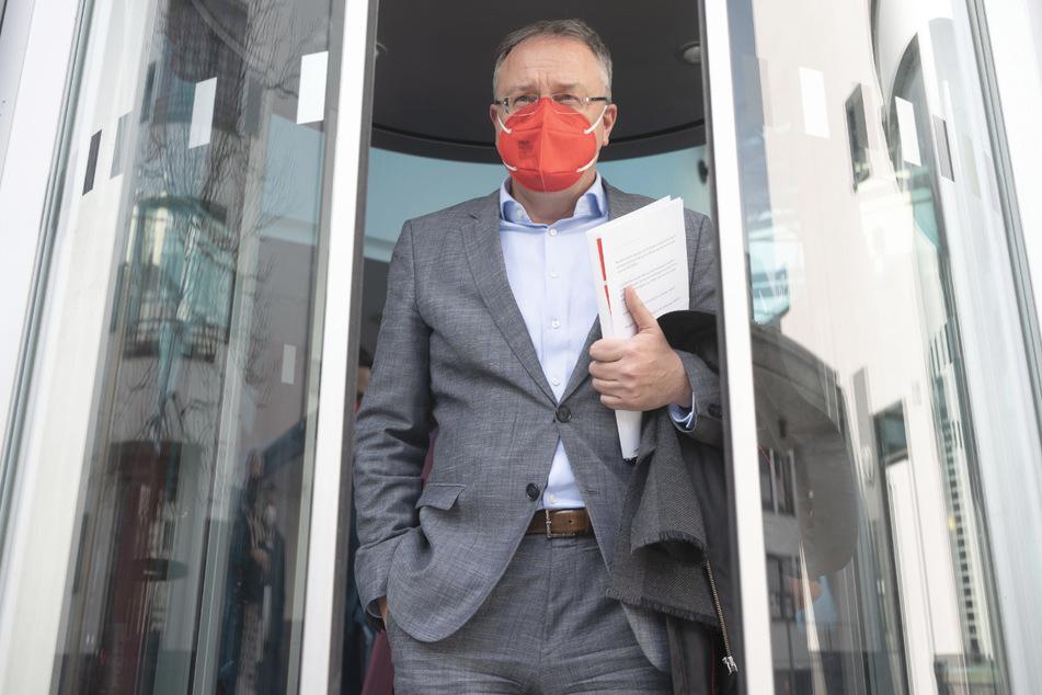 Andreas Stoch (51), SPD-Fraktionsvorsitzender im Landtag von Baden-Württemberg, ist an den Sondierungsgesprächen beteiligt.