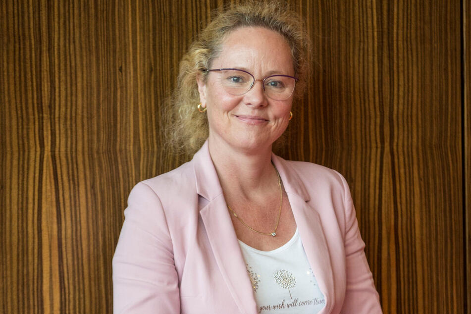 Intendantin Frauke Roth (54).