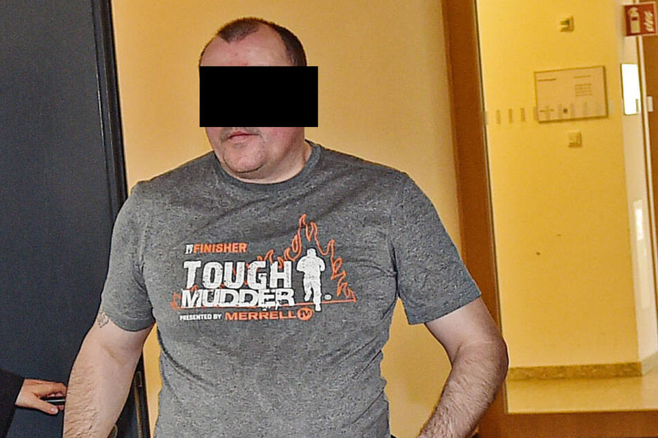 Jens N. (45) rastete wegen eines kaputten Handys total aus.