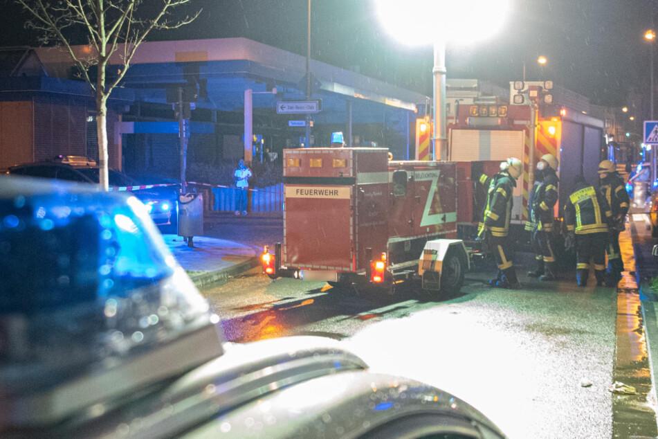 Polizei, Feuerwehr und ein Notarzt waren im Einsatz.