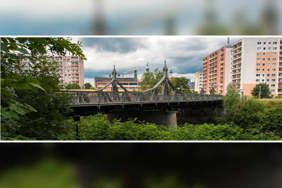 Die Paradiesbrücke ist nur eine von vielen Zwischenstopps der Kostümführung.