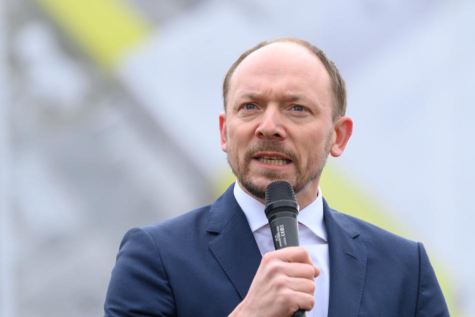 Marco Wanderwitz (45, CDU) hatte gesagt, dass ein Teil der ostdeutschen Wähler der Demokratie den Rücken gekehrt habe und ein Teil der AfD-Wähler dauerhaft für die Demokratie verloren sei.