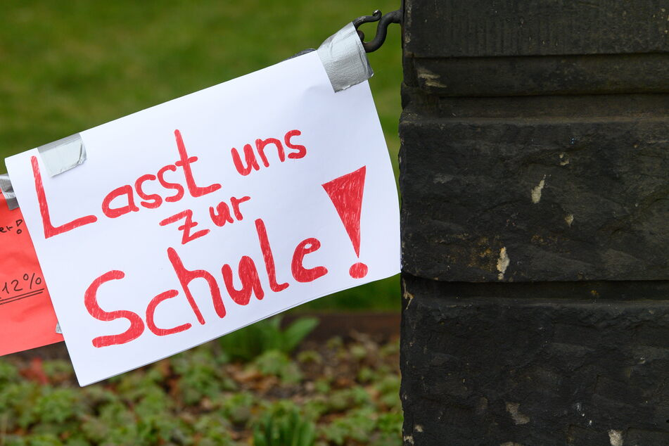 Wie es für die sächsischen Schüler weitergeht, soll am Montag beschlossen werden. Gültig sind die Regeln dann ab April.