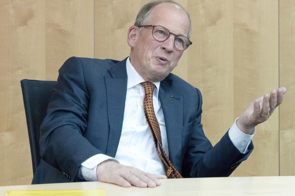 Rainer Reichhold (62), Präsident des Baden-Württembergischen Handwerkstages und Präsident der Handwerkskammer der Region Stuttgart, spricht bei einem Interview. (Archivbild)