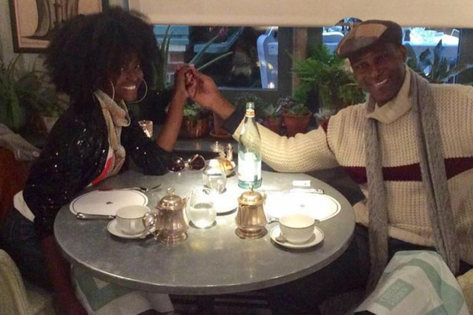 Prinz mietet für Date ein ganzes Restaurant: Sie ahnte nichts von seinem royalen Status!