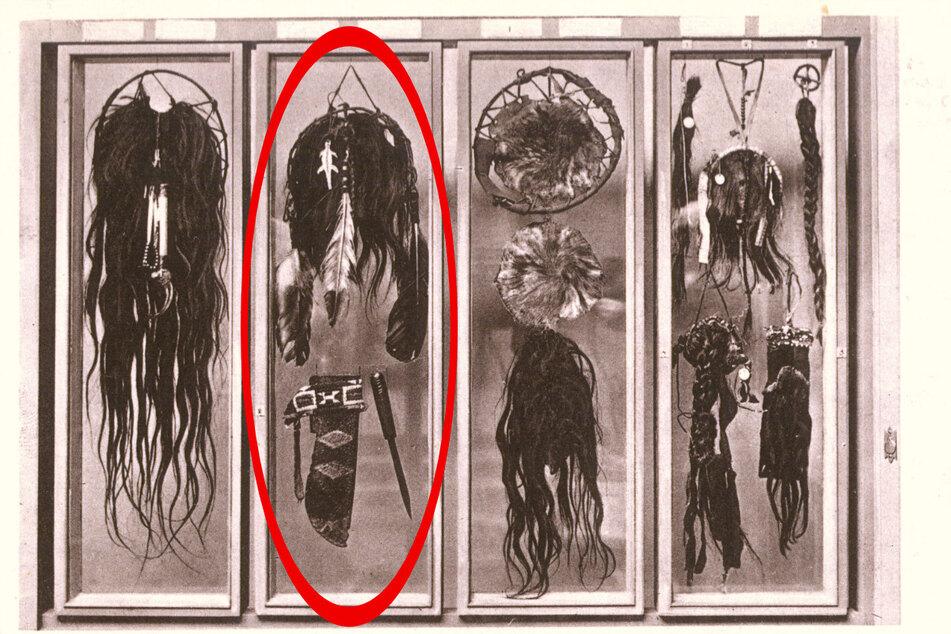 Eine Postkarte von Museumsmitbegründer Patty Frank: Darauf der umstrittene Skalp (roter Kreis).
