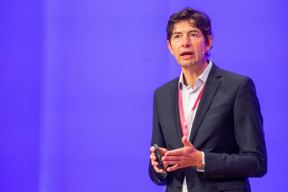 Christian Drosten, Direktor des Instituts für Virologie an der Charité in Berlin, spricht beim 17. Kommunikationskongress 2020.