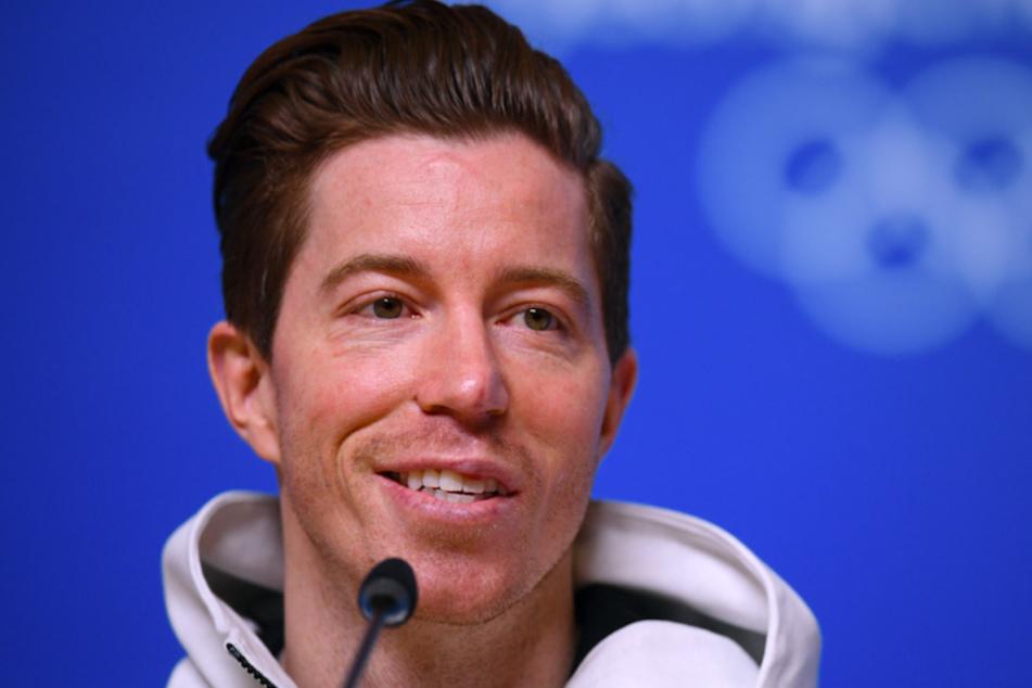 Snowboarder Shaun White (34) aus den USA bei einer Pressekonferenz.