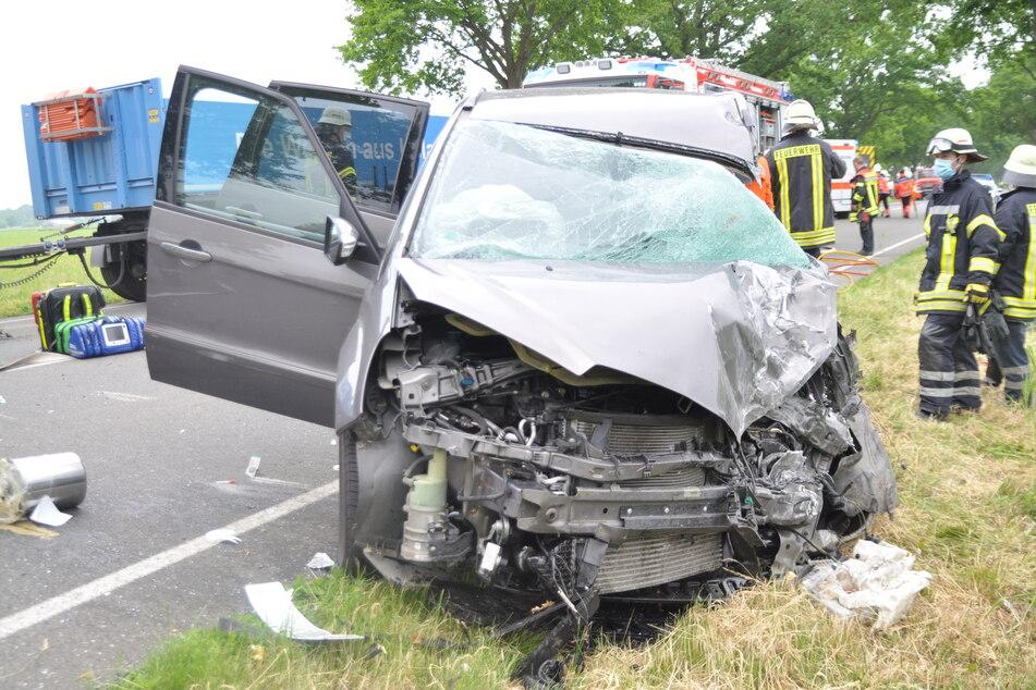 Am verunfallten Ford Galaxy des 49-Jährigen entstand Totalschaden.