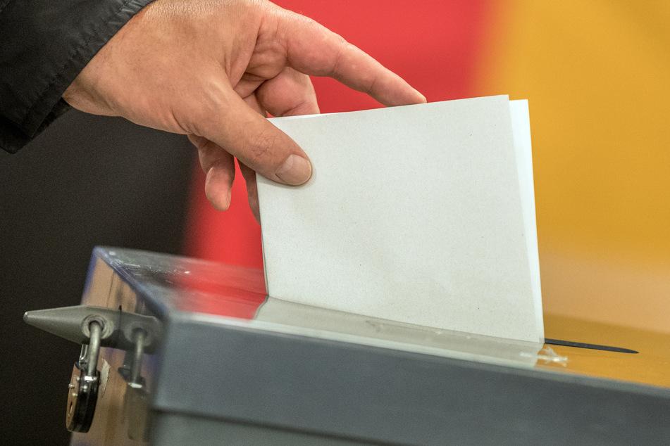 Die Stimmzettelabgabe ist erst ab November in Hessen möglich.